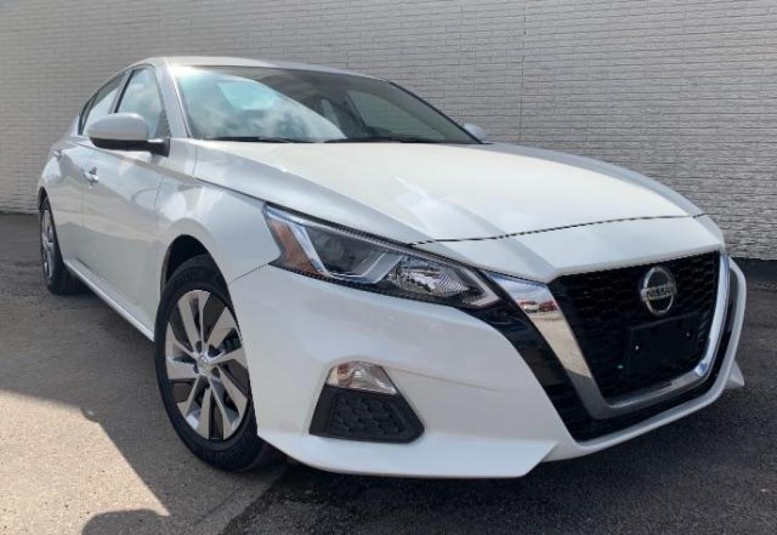 2020 Glacier White /Charcoal, cloth Nissan Altima 2.5 S (1N4BL4BV4LC) with an 2.5L L4 DOHC 16V engine, Continuously Variable Transmission transmission, located at 11700 Garland Rd., Dallas, TX, 75218, (214) 321-6450, 32.852482, -96.678986 - Photo #0