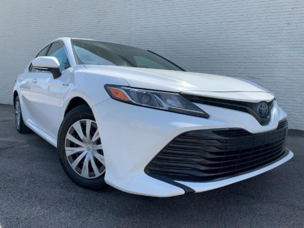 2018 Super White Toyota Camry Hybrid LE (4T1B31HK6JU) with an 2.5L L4 DOHC 16V HYBRID engine, Continuously Variable Transmission transmission, located at 11700 Garland Rd., Dallas, TX, 75218, (214) 321-6450, 32.852482, -96.678986 - Photo #0